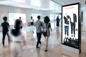 digital signage recognizing customer demographics